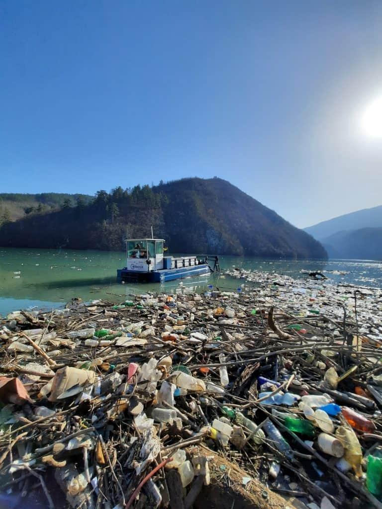 river trash