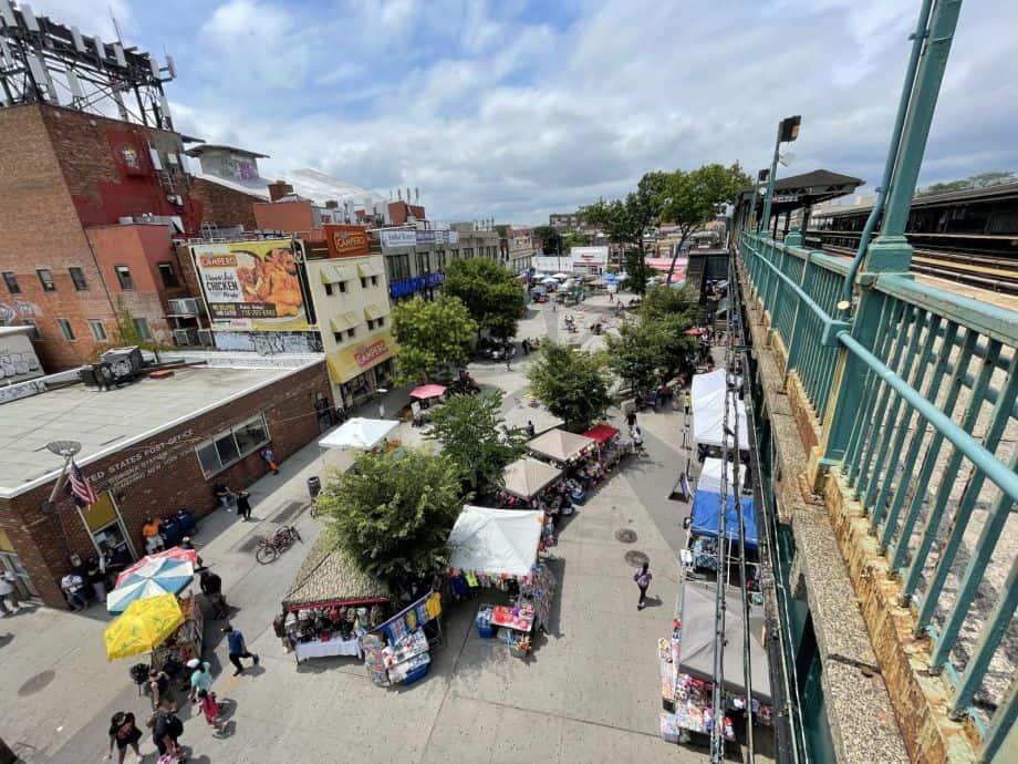 Corona Plaza street market