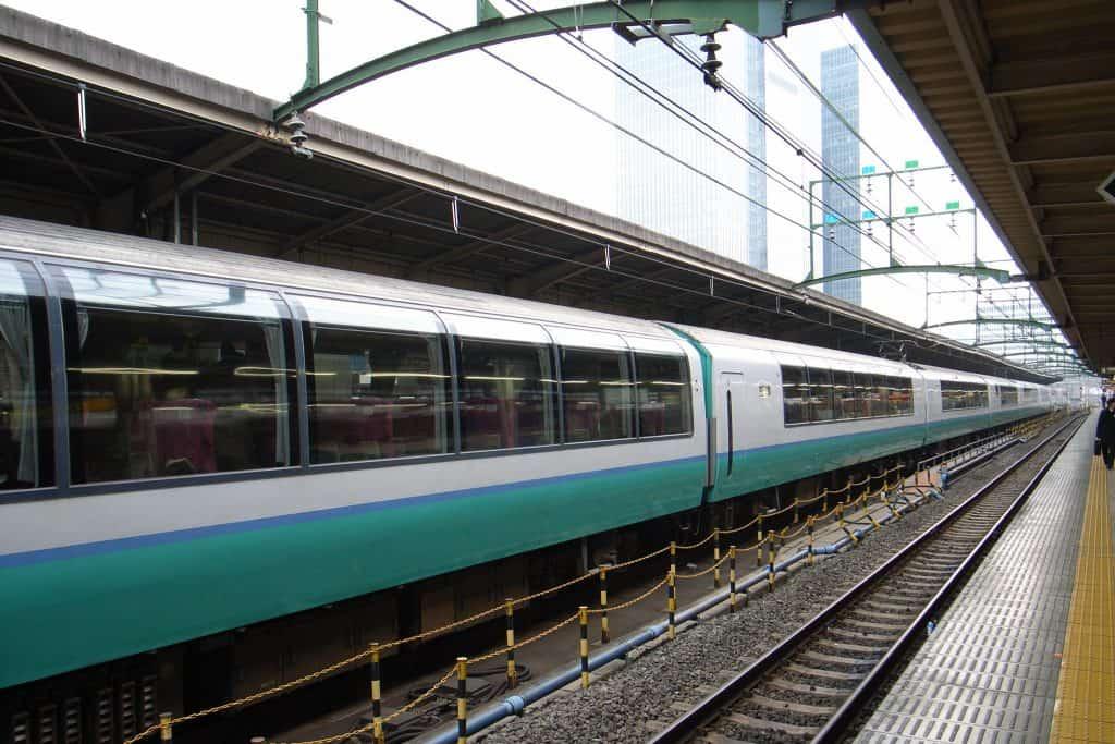 trains low carbon emissions